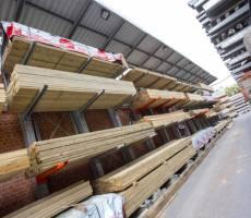 https_www.hitchcockandking.co.uk_timber-merchants_